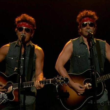 Bruce Springsteen performing GOVERNOR CHRISTIE TRAFFIC JAM with Jimmy Fallon on 14 Jan 2014 on Late Night With Jimmy Fallon